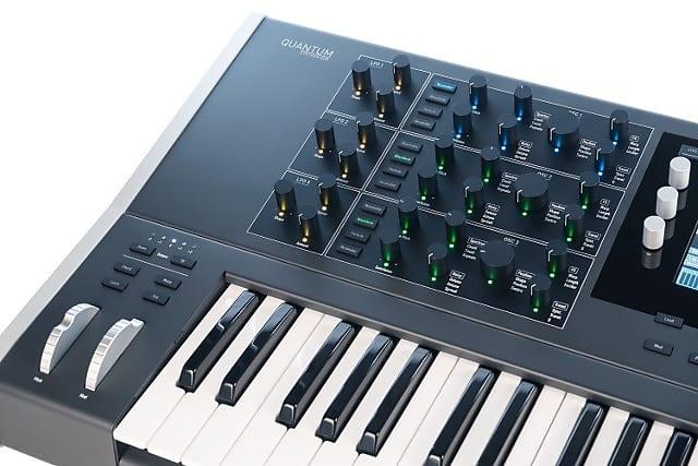 waldorf quantum 8 voice hybrid synthesizer 61 key reverb. Black Bedroom Furniture Sets. Home Design Ideas