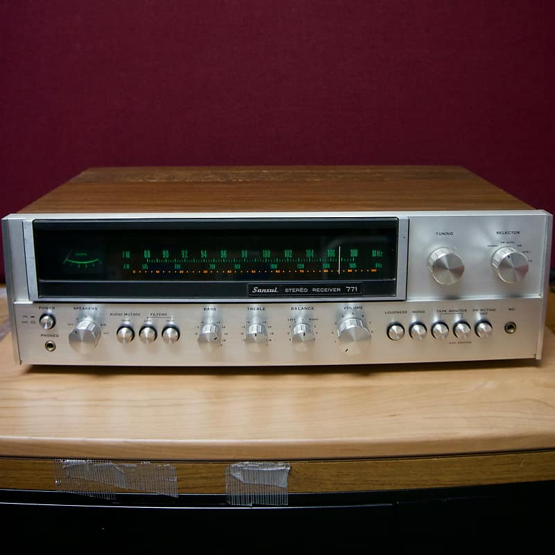 Sansui 771 Stereo Receiver - 32 Watts Per Channel