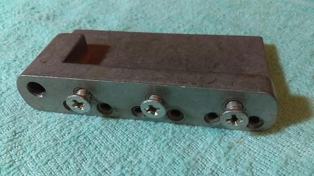 Squier Strat Tremolo Block for import guitars