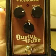TC Electronic Rusty Fuzz Silicone Fuzz Pedal - Free Shipping - Like New With Box