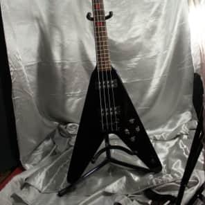Dean V Metalman 4-String Bass Black