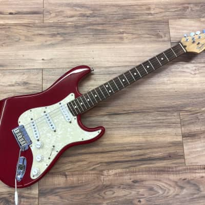 Fender 40th anniversary stratocaster 40th ann model  2004 Lipstick red for sale
