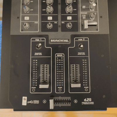 Mackie D.2 PRO 2-Channel Firewire DJ Production Console