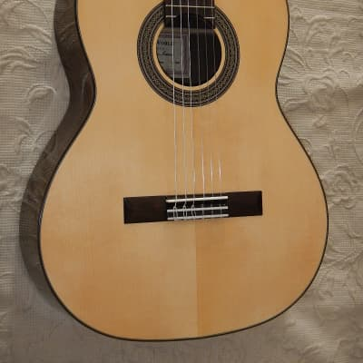 2021 Kenny Hill Estudio 628 short scale classical guitar. spruce top for sale