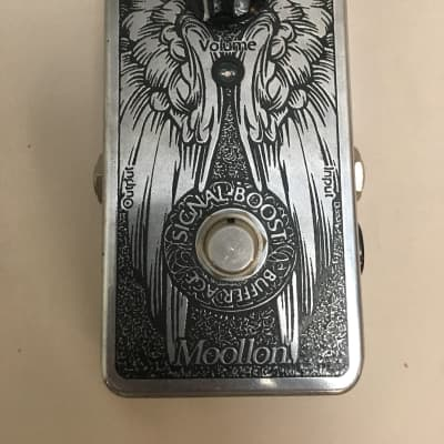Moollon Signal Boost 2000's Silver for sale