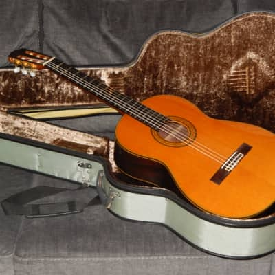 MADE IN 1987 - TAKAMINE No5 - AN AWESOME CLASSICAL GUITAR IN EXCELLENT CONDITION