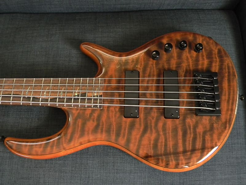 2017 Kiesel Mastergrade Icon 5 String Bass 1-Piece Flamed Redwood Top L@@K !