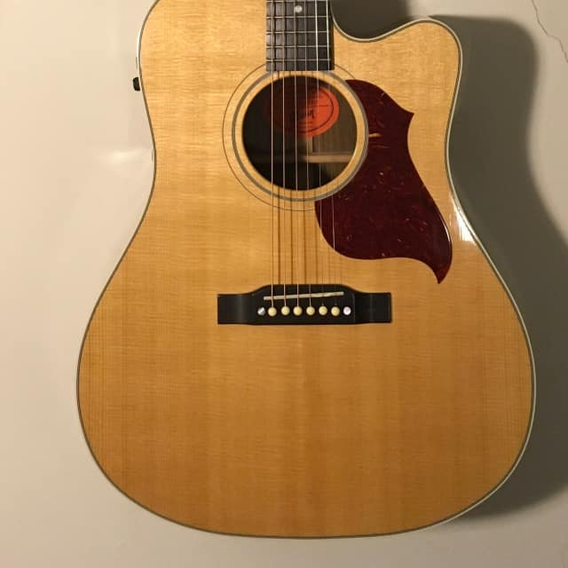 Gibson  Songwriter Cutaway 2006 - GREAT Player, Clean, Pro Setup - FREE Shipping!!  VIDEO image