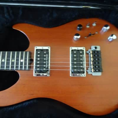 BRIAN MOORE Solidbody Custom LUTHIER 1990 Beige for sale