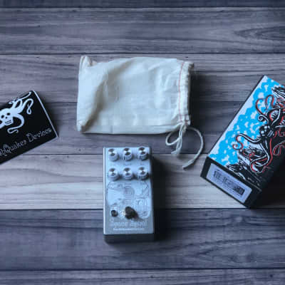 EarthQuaker Devices Space Spiral Modulated Delay Device