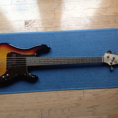 MINT  Xotic Xp-1T 5 string bass sunburst for sale