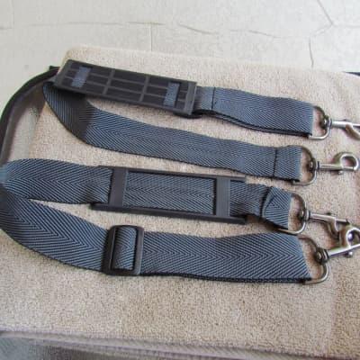 Gig Bag Shoulder Straps Set Of 2 Gig Bag Shoulder Straps Metal Clips Fair Condition  Needs Some Work