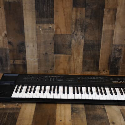 Roland JV-50 61-Key Expandable Synthesizer Keyboard Digital Piano Great Soundbank W/ Power Adapter