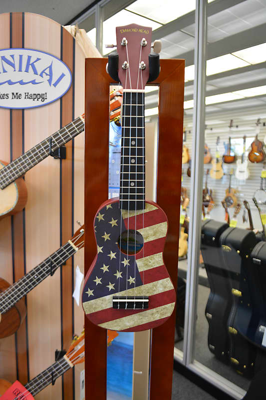 Diamond Head DU-131 Soprano Ukulele - American Flag