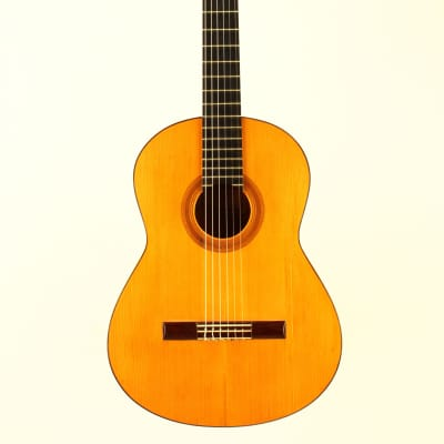 Francisco Barba 1a Flamenco Guitar 1976 - played by Antonio Rey - see video