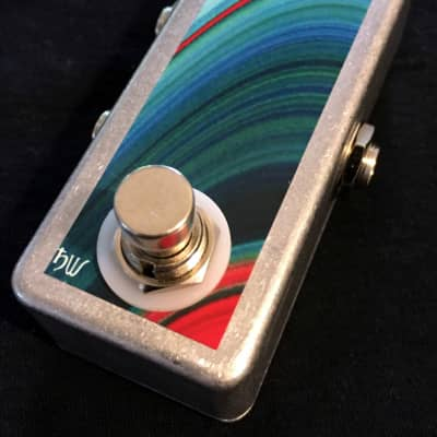 Saturnworks A/B Box Guitar Switch Pedal with LED, Handcrafted in the USA image