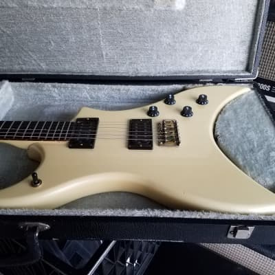 ELECTRA VINTAGE JAPANESE 1970's PEARL WHITE for sale