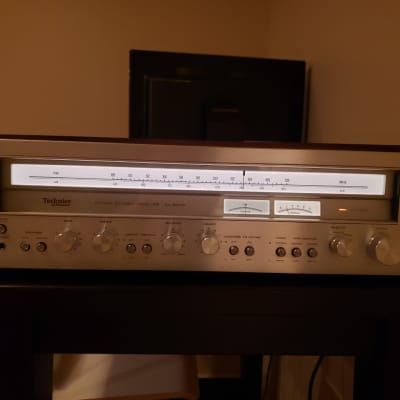 Technics SA-5470  65 watts per channel