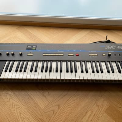 Korg Poly-61 Excellent Condition