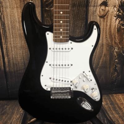 Fender Standard Roland Ready Stratocaster 1998 - 2005