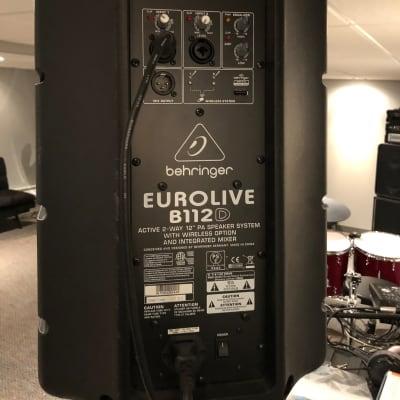 """Behringer Eurolive B112D 1000-Watt 12"""" Powered Speaker"""