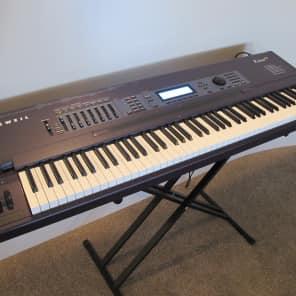 Kurzweil K2600XS 88-Key Digital Sampling Workstation Synthesizer