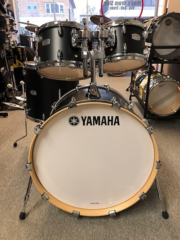 yamaha tour custom maple licorice satin drum set 22 16 12 reverb. Black Bedroom Furniture Sets. Home Design Ideas
