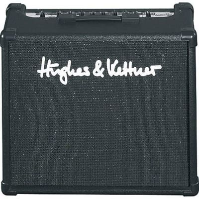 "Hughes & Kettner Edition Blue 30 DFX 2-Channel 30-Watt 1x10"" Solid State Guitar Combo"