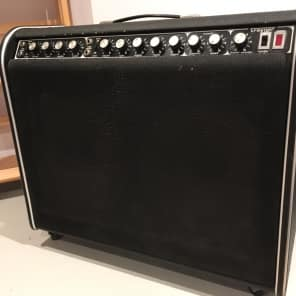 "Traynor YGL-3 Mark Three 100-Watt 2x12"" Guitar Combo"