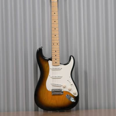 Hayakawa Guitarworks S2020 Ash body 2 Tone Sunburst Strat Style Guitar with Brown Hard-shell case
