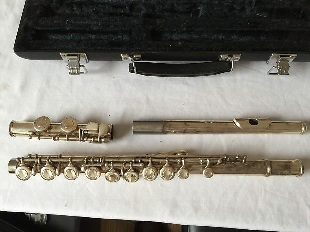 yamaha 221 flute serial number