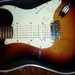 Fender American Deluxe HSS Stratocaster 2005 3 Color Sunburst for sale