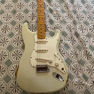 Fender Stratocaster Custom Shop White
