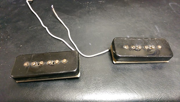 vintage 1957 gibson les paul special p90 soapbar pickups w. Black Bedroom Furniture Sets. Home Design Ideas