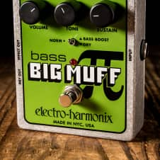 Electro-Harmonix Bass Big Muff Pi Distortion/Sustainer Pedal
