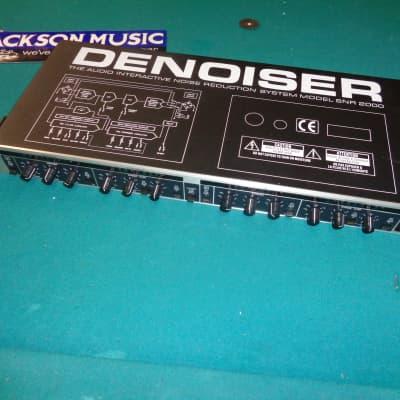 Behringer SNR2000 De-Noiser Noise Reduction Rack