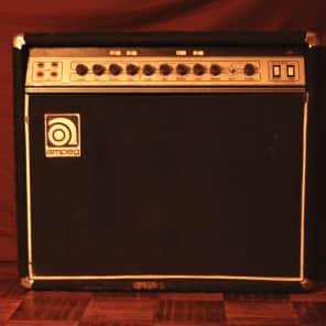 "Ampeg G-212 120-Watt 2x12"" Solid State Guitar Combo"