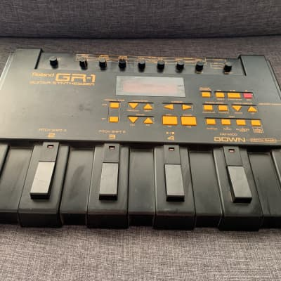 Roland gr-1 guitar synthesizer manual arts