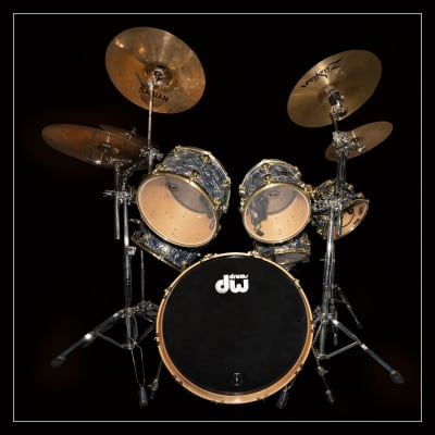 DW Collector's Series Drum Set 2000 Abalone Shell Wrap / Maple Drums