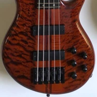 Carvin E-Bass Icon 5 Custom made 2012 Quilted maple top dark brown