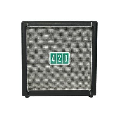 """Hiwatt HG112 420 Limited Edition 100-Watt 1x12"""" Guitar Speaker Cabinet"""