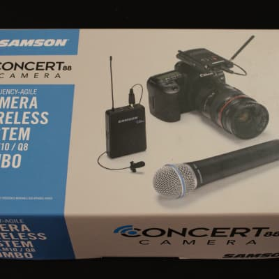 Samson Concert 88 Camera Combo System (D Band) with Q8 Handheld Microphone and LM10 lavalier Mic