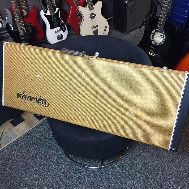 kramer vintage tweed guitar case reverb. Black Bedroom Furniture Sets. Home Design Ideas