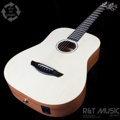Faith FDS Nomad Mini-Saturn Electro Acoustic Guitar in Natural Satin w/Softcase