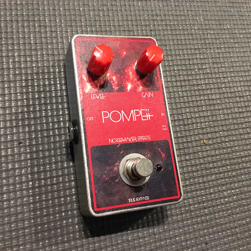 Noisemaker Effects Pompeii Fuzz Effects Pedal