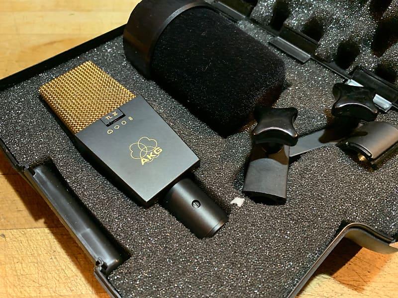 akg c414 b uls tl ii microphone w holder case mint reverb. Black Bedroom Furniture Sets. Home Design Ideas