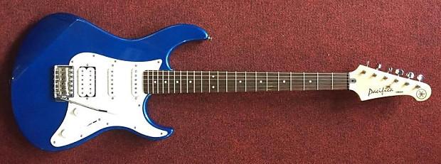 yamaha pacifica 012 dark blue metallic electric guitar. Black Bedroom Furniture Sets. Home Design Ideas