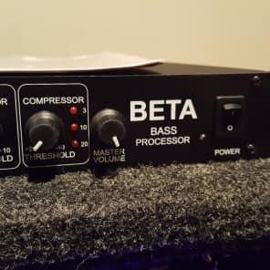 ISP Technologies Beta Bass Rack Preamp