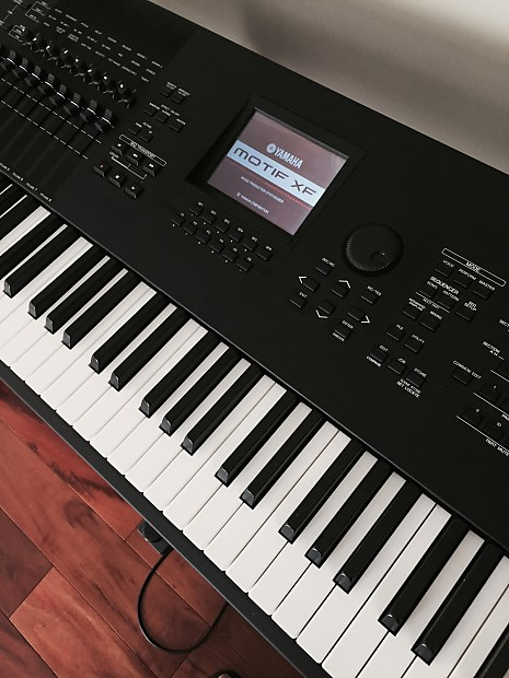 Yamaha Motif XF8 88-note hammer action workstation synth