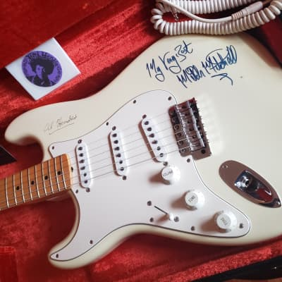 1997 Fender Jimi Hendrix  Tribute Stratocaster Rare signed by Mitch Mitchell Custom shop American for sale